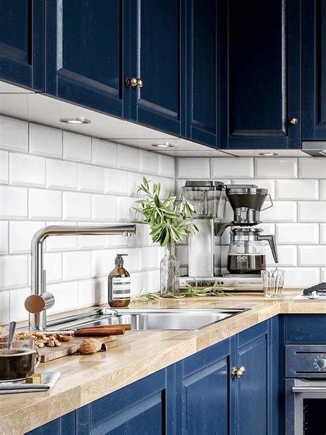 beautiful blue kitchens   inspire