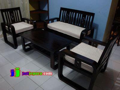 Kursi Tamu Minimalis Dari Besi kursi tamu minimalis mpb104 kursi tamu minimalis jati jati jepara furniture