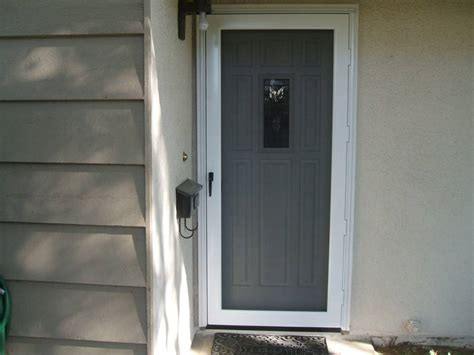 Keep Out Of Room Indoor by Indoor Screen Door To Keep Cats Out Home Improvement Ideas