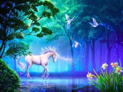 imagenes en movimiento de unicornios que comen los unicornios donde viven como nacen