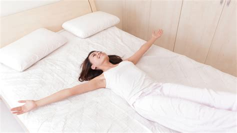 what to look for when buying a mattress meditate while lying in bed for more restful sleep big think