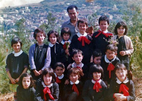 banchi di scuola oristano aprile 2009