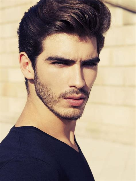 haircuts for a weak jaw line 65 best images about perfect jaw line on pinterest