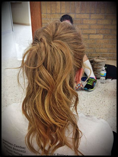 curly hairstyles in a ponytail curly ponytail hairstyles pinterest updo hairstyles