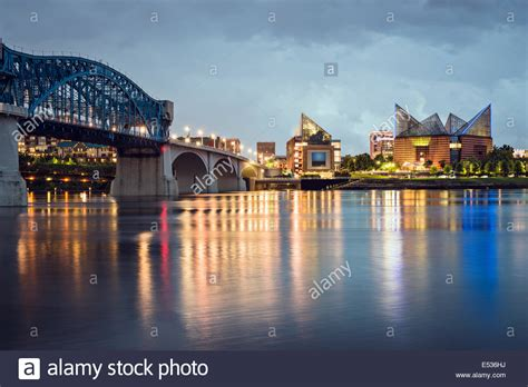 the lighting gallery chattanooga tennessee chattanooga tennessee skyline chattanooga tennessee usa