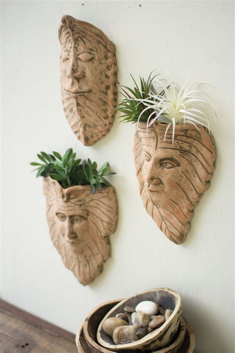 set   clay leaf wall face planters