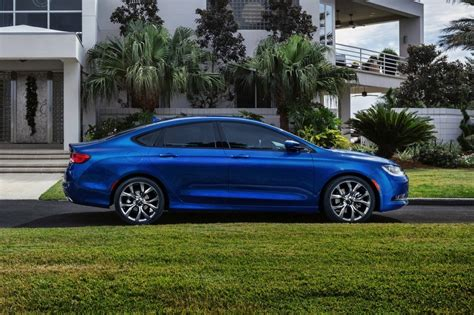 Chrysler 200 Recall by 2015 Chrysler 200 Recalled For Electrical Problem That Can