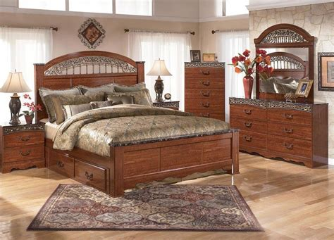 havertys bedroom set bedroom at real estate signature design by ashley brookfield 5pc queen storage