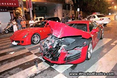 kode gambar kecelakaan mobil sportcek gan