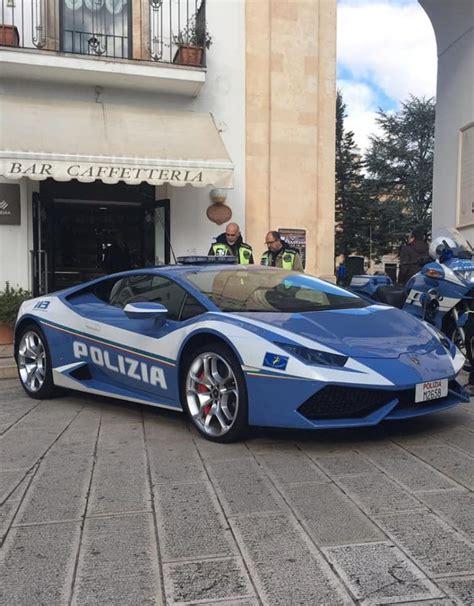300 Km H Lamborghini by Oggi A Martina Franca La Lamborghini Gallardo 300 Km H