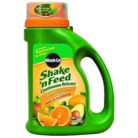 miracle gro shake n feed 4 5 lb citrus plant food 104829