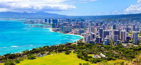 hawaii s chic capital city discover discount airfares to honolulu