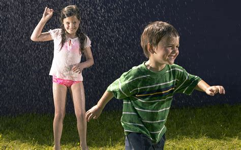 Normal Home Interior Design by Happy Kids Playing In Rain Hd Wallpapers Rocks