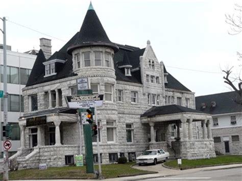 bronzeville neighborhood information | chicago condos online