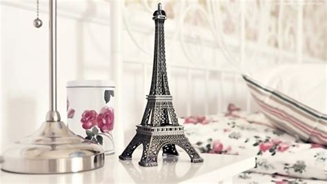 eiffel tower wallpaper for bedroom paris wallpaper cute 12925 wallpaper walldiskpaper
