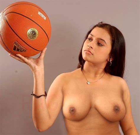 Nude Hot Sri Divya Naked Boobs Photos