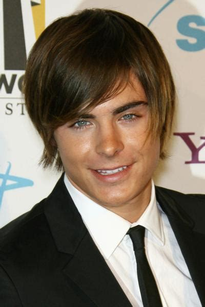 biography zac efron homenge april 2012