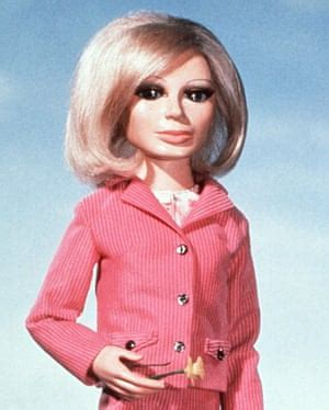 thunderbirds' sylvia anderson, voice of lady penelope