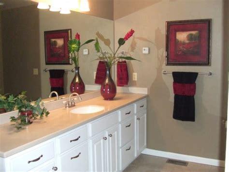 superb towel decorating ideas  bathroom decorating ideas