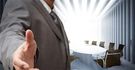 Bewerbungsgesprach Was Beachten 10 Dinge Die Unternehmen Im Bewerbungsgespr 228 Ch Beachten M 252 Ssen