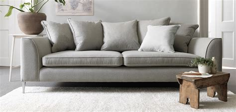contempory sofas best 25 modern sofa ideas on