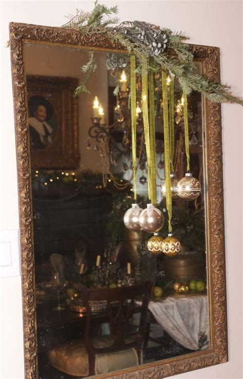 mirror decorations 36 best holiday mirror decorating images on pinterest