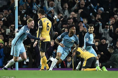 arsenal daily mail arsenal news man city star raheem sterling completes