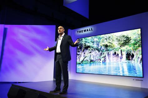samsung wall tv samsung unveils the wall the world s modular microled 146 inch tv samsung us newsroom