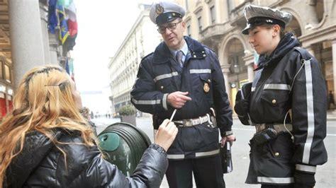 polizia stradale napoli ufficio verbali torino tutti i vigili dovranno indossare la divisa