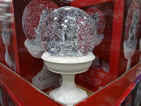 holiday water globe