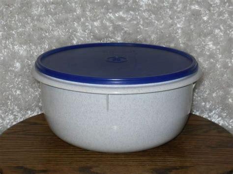 Tupperware Mixing Bowl mixing bowls flats and tupperware on