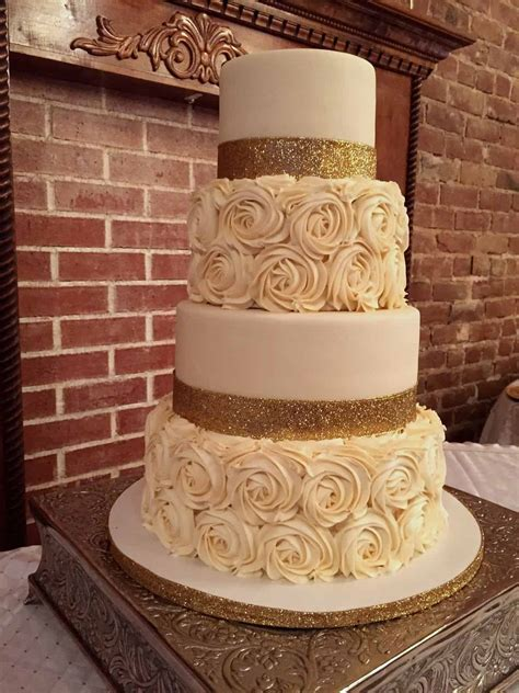 gold wedding cakes 14 best photos   Cute Wedding Ideas
