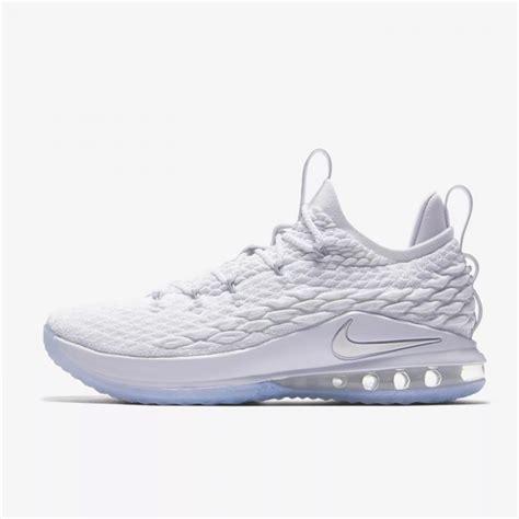 Sepatu Nike 15 jual sepatu basket nike lebron 15 low metallic silver