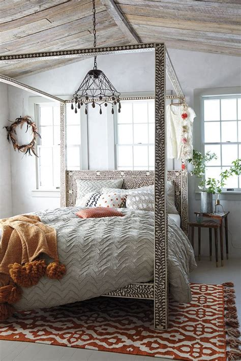 Anthropologie Home Decor Anthropologie S Fall Catalog Celebrates Cultural Style At Home Aphrochic Modern Global