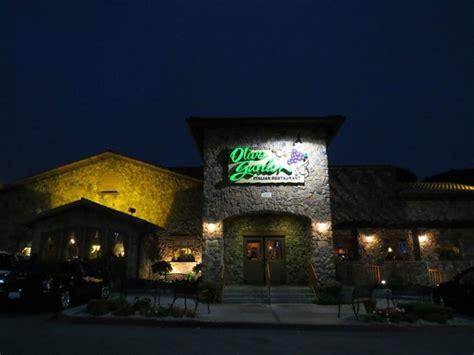 salada picture of olive garden restaurant manhattan