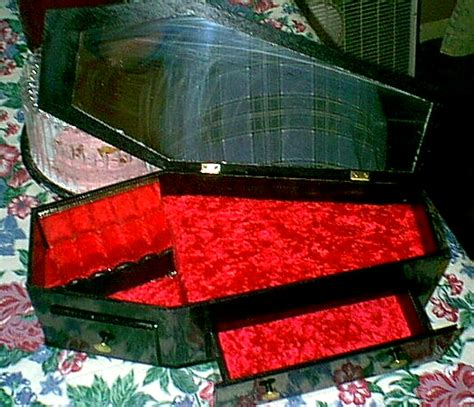 counts kustoms coffin couch count kustom casket couch the tomb that weeps blood