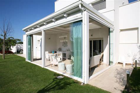 chiusure per verande chiusure verande e terrazzi con vetrate scorrevoli chirenti