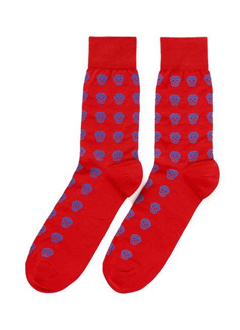 red pattern socks alexander mcqueen skull pattern socks in red for men red