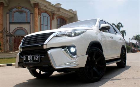 Headl Fortuner Vrz 1 toyota fortuner vrz upgrade sound mega audio