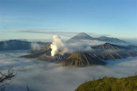 gunung bromo wisata jawa timur paling terkenal yoshiwafa