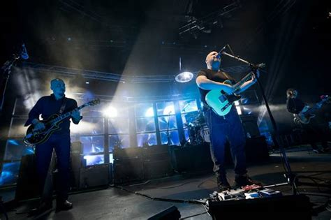 Tang Pembolong Set Wynns W0555 concert review how did the new look pixies live up to