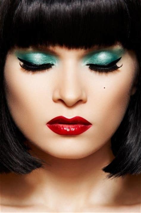 minute fabulous christmas makeup inspirations