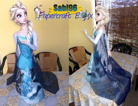 elsa film pl disney s quot frozen quot papercraft elsa the snow queen bust