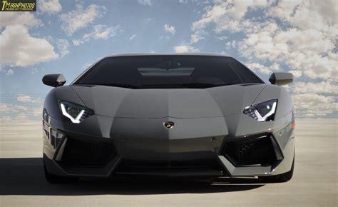 Lamborghini Grigio Telesto Grigio Telesto Lamborghini Aventador Front View