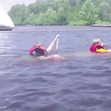 sinking boat gif sinking gifs find share on giphy