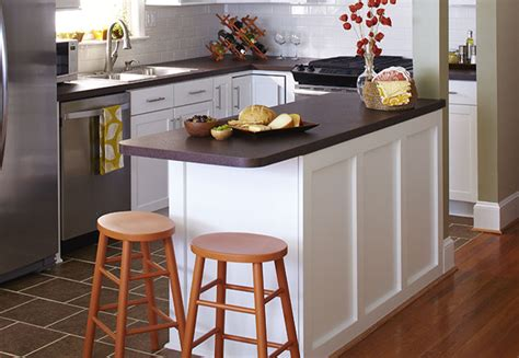 ideas for small kitchen islands small budget kitchen makeover ideas