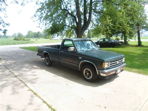 how long is a long bed truck 1987 chevrolet s10 long bed pickup truck has a 2 8 litre