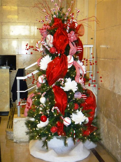 christmas  holiday displays wk landscapes st louis mo