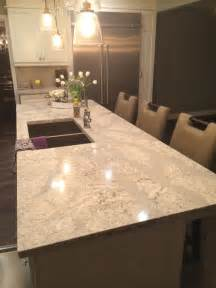 quartz kitchen countertop ideas 25 best ideas about quartz countertops on
