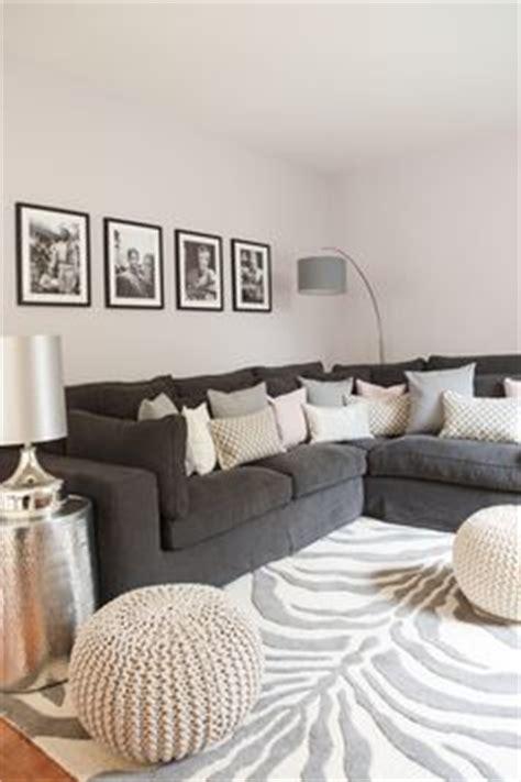 Schwarzer Läufer Teppich by 220 Ber 1 000 Ideen Zu Graue Sofas Auf
